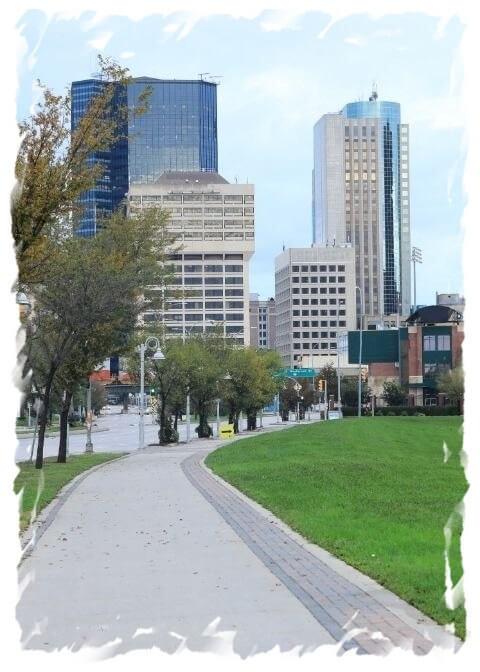 Winnipeg, Manitoba city center in autumn