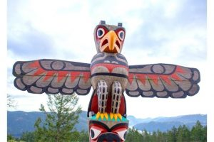 Eagle totem pole at the summit of the Malahat mountain in Vancouver