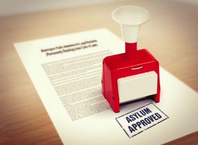 Document with asylum stamp